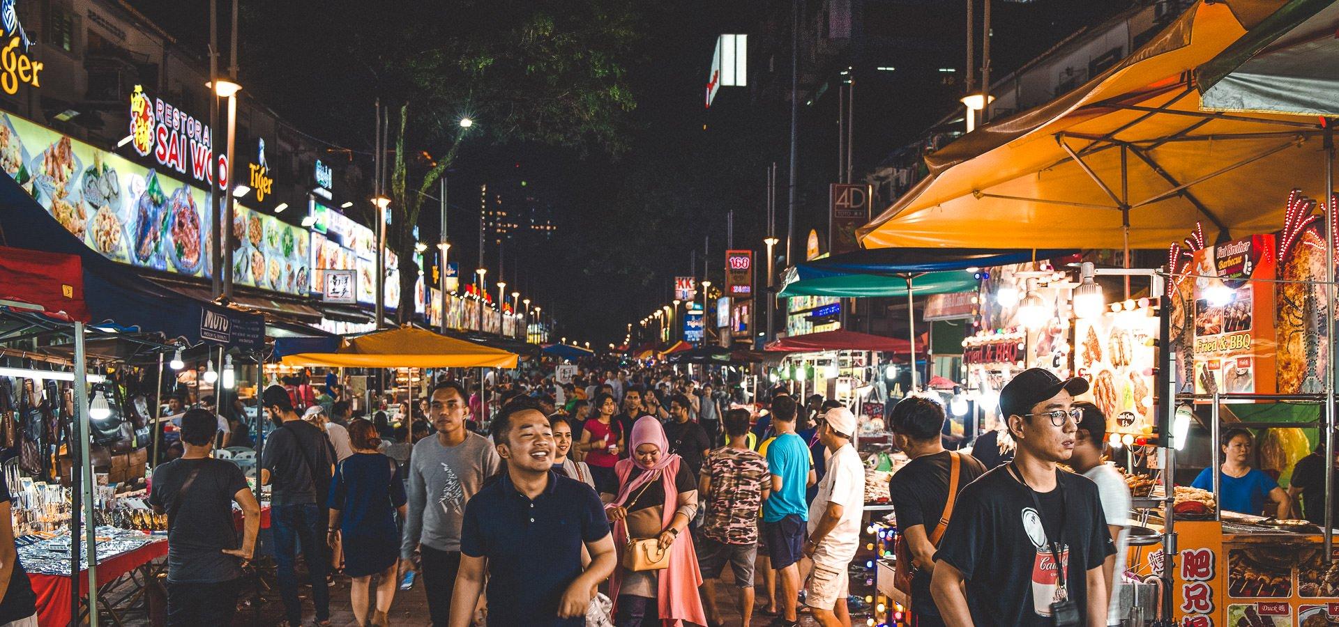 A Tasty Encounter at Jalan Alor Street Food Market, Kuala Lumpur | jalan alor night market 18