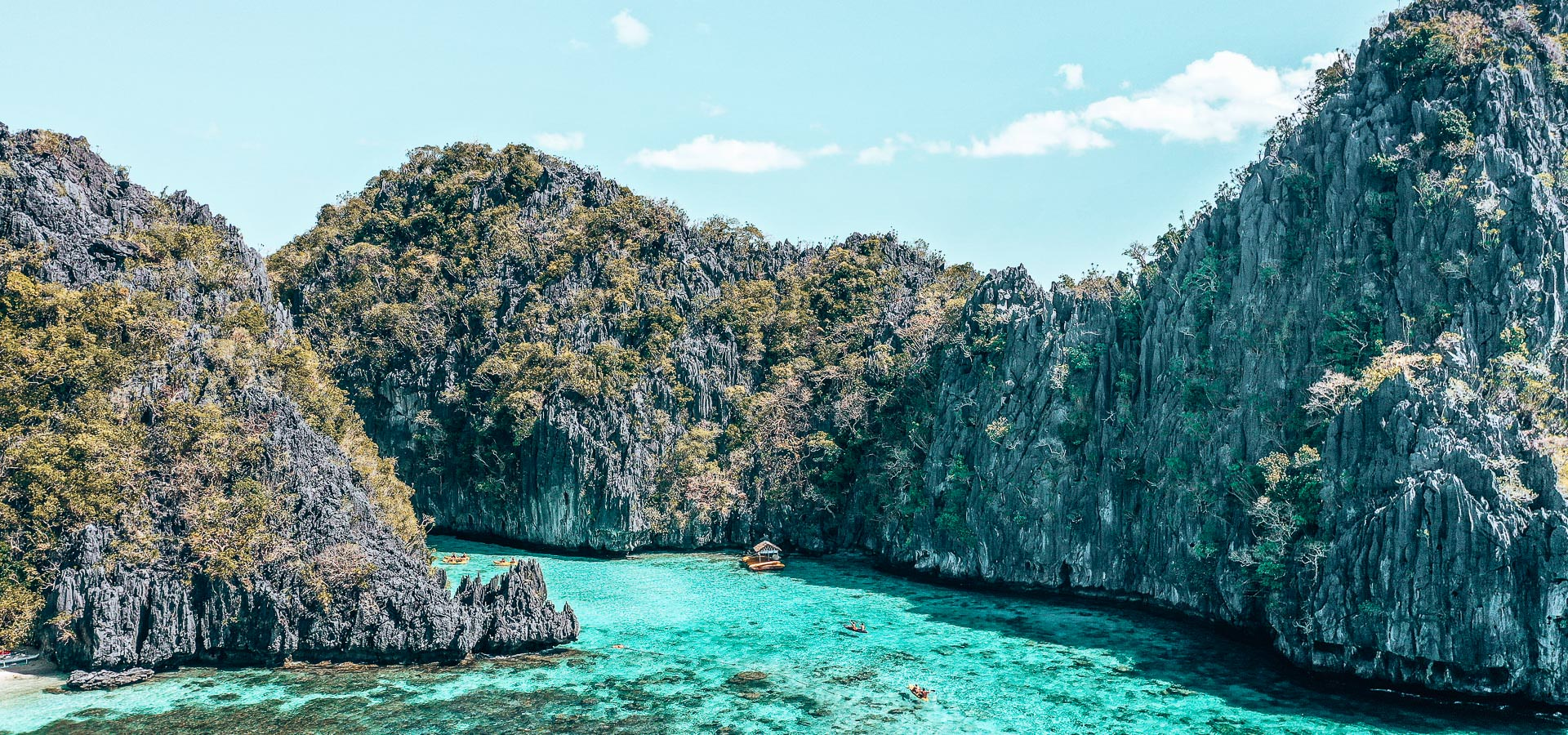 Island Hopping in the Philippines? Which boat tour should I choose   island hopping in the philippines 2