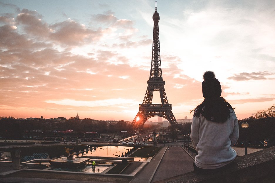 Watching sunrise over the Eiffel Tower at the Trocadero, Paris - 12 Great Date Ideas