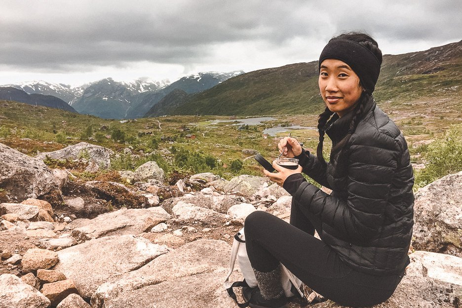 Jasmine eating her breakfast on our hike to Trolltunga