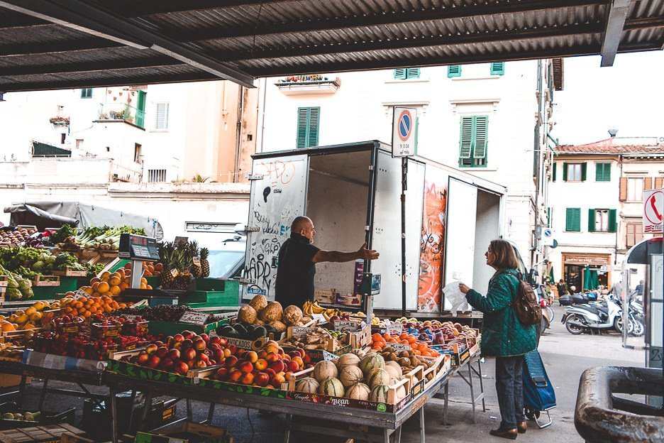 Locals at Sant'Ambrogio Market, Florence