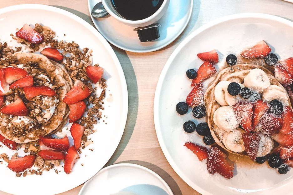 Pancakes with granola and berries at Mook Pancakes, Amsterdam