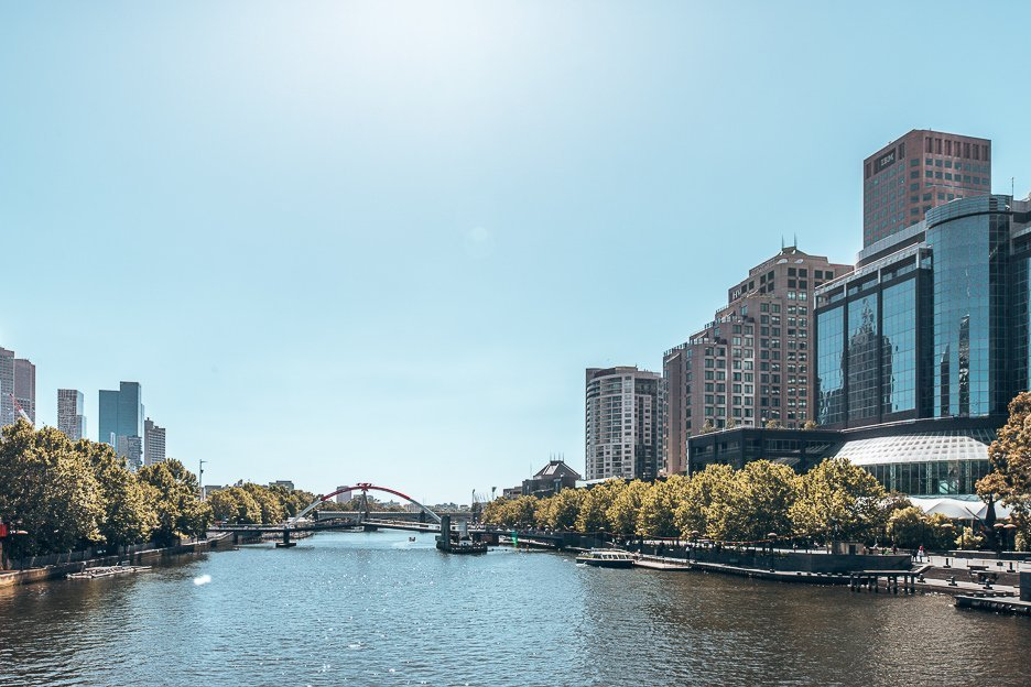 Yarra River on a sunny day - Melbourne Travel Guide