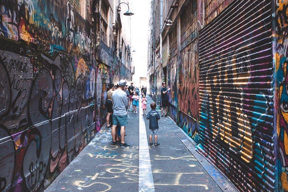 Wandering graffiti laneways in Melbourne CBD