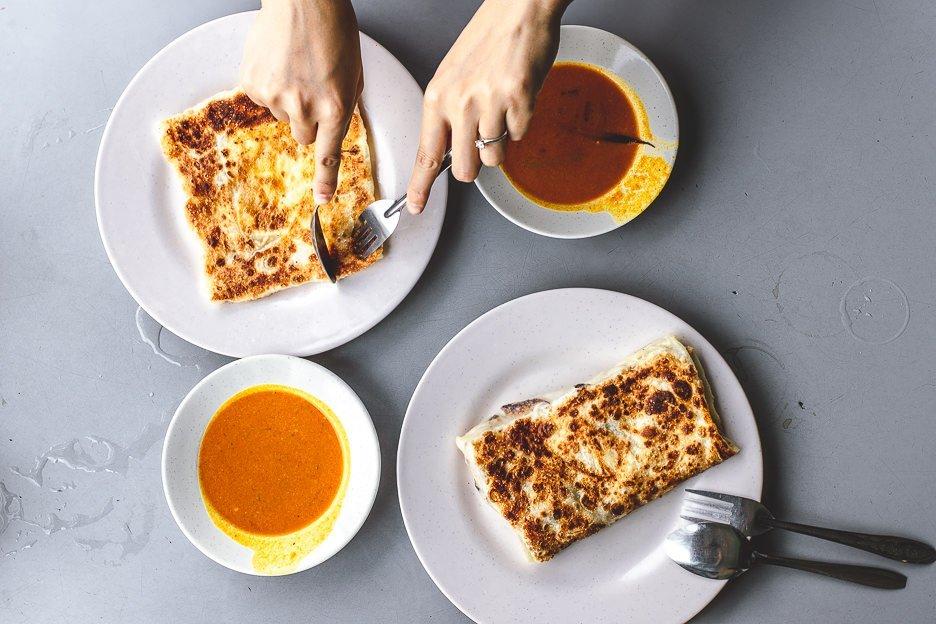 Cheese roti & banana roti |Mr & Mrs Mohgan's Super Crispy Roti Prata, Singapore