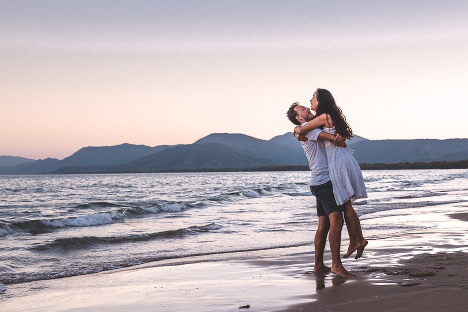 Taking your own couples photos - adopt the rule of thirds